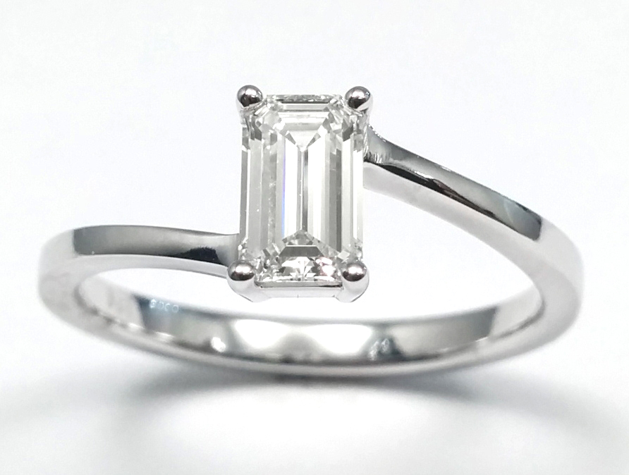 0.50 Carat Solitaire Swirl Engagement Ring