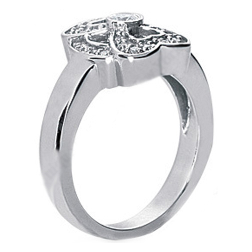Round Diamond Double Heart Ring in 14 Karat White Gold