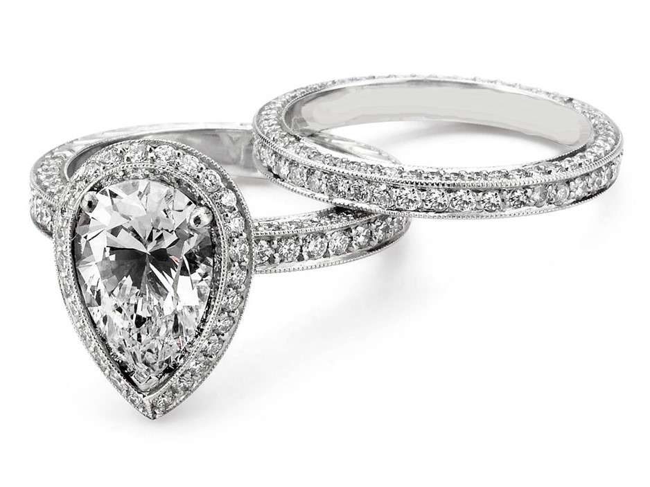 Engagement Ring -Pear Shaped Halo Pave Diamond Bridal Set-ES1409
