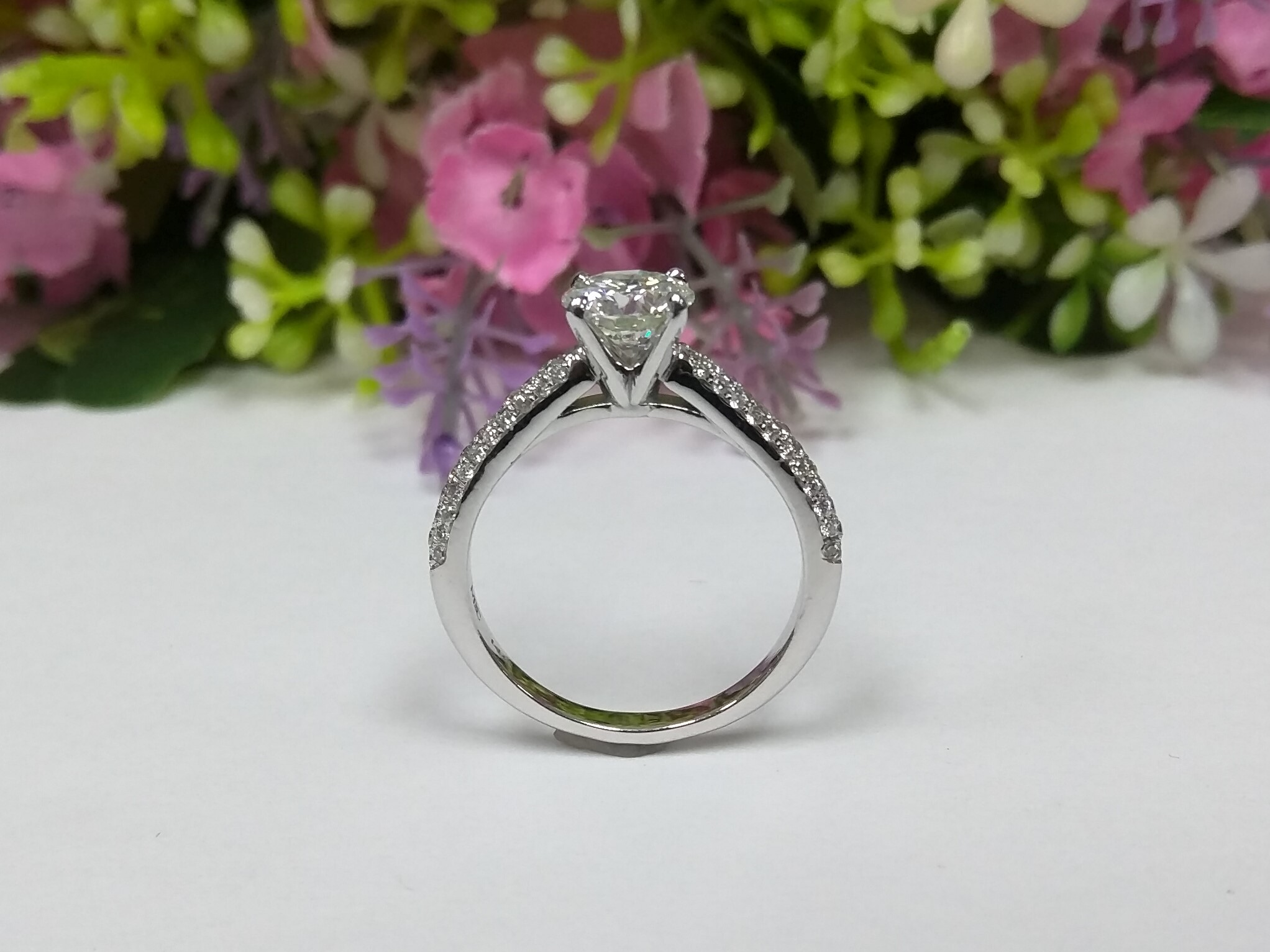 Cathedral Etoil Diamond Engagement Ring
