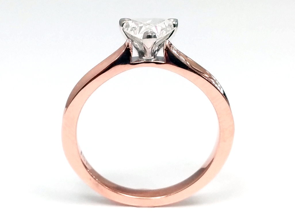 Solitaire Concave Diamond Engagement Ring in Rose Gold