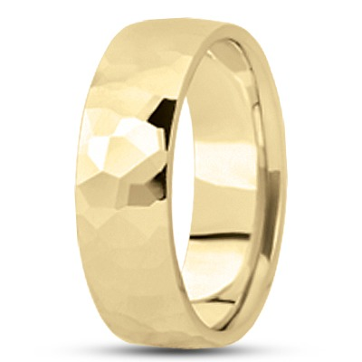 Hammered Men's Wedding Band in Yellow 7mm