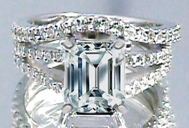 Emerald Cut Diamond Split Band Engagement Ring Setting Beyonce's Choice & Matching Wedding Band, 0.91 tcw.